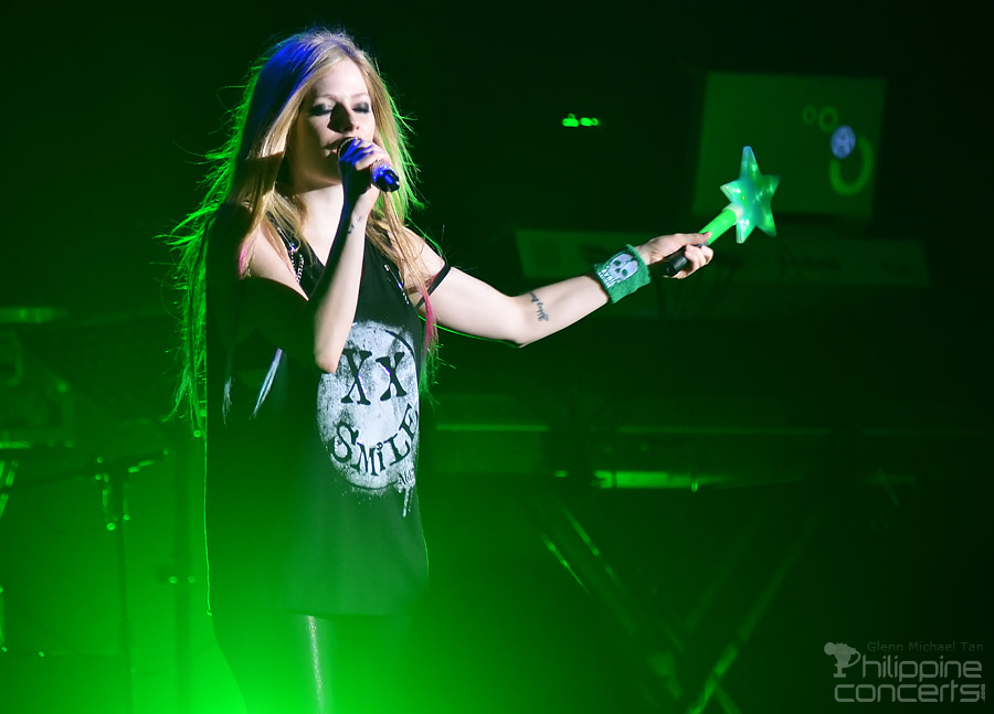 Avril Lavigne Live in Manila 2012