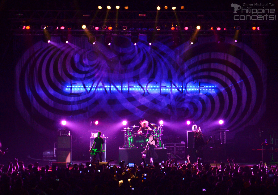 Evanescence Live in Manila