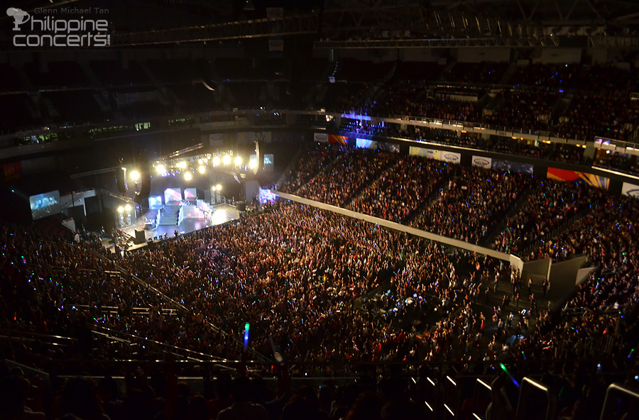Nicki Minaj Live in Manila Crowd