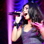 Jessica Sanchez with Colton Dixon Live in Manila Photos