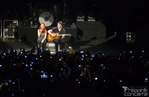 paramore-live-at-mall-of-asia-arena