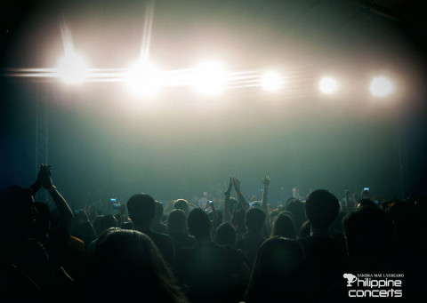 bloc-party-concert-crowd