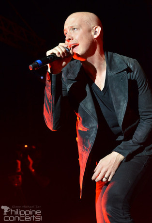 isaac-slade-the-fray-manila-concert