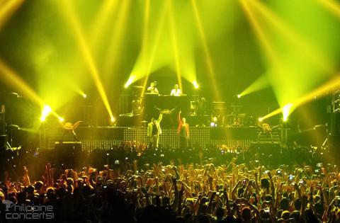 Macklemore & Ryan Lewis Live at Mall of Asia Arena