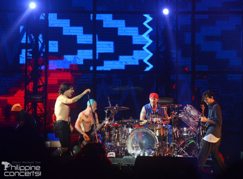 Red Hot Chili Peppers Live at 7107 in Clark