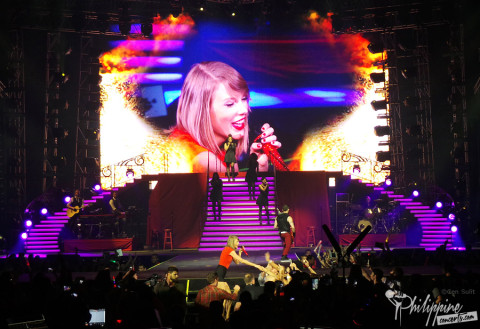 Taylor Swift Live at Mall of Asia Arena