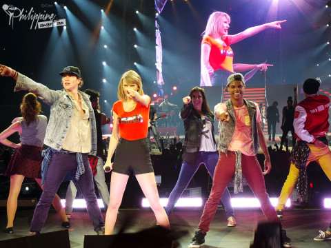 Taylor Swift Live in Manila 2014