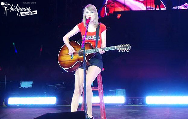 Taylor Swift Live in Manila Photos and Videos