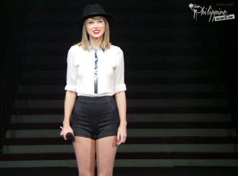 Taylor Swift Live at MOA Arena