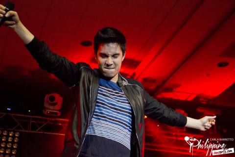 Sam Tsui at SMX Convention Center