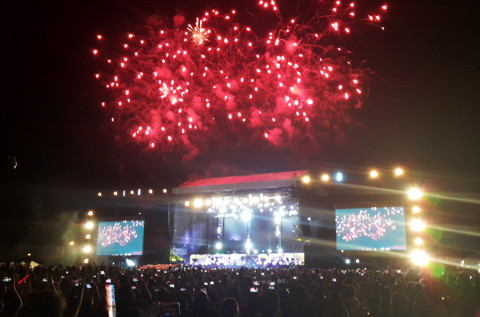 one-direction-fireworks