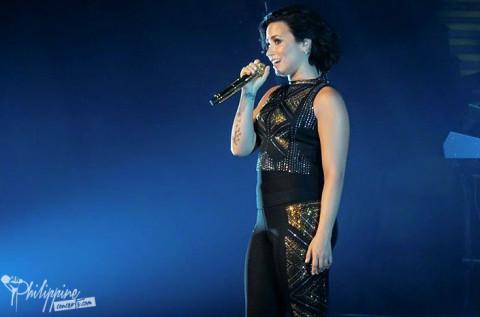 Demi Lovato Live in Manila