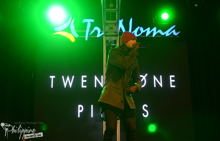 Twenty One Pilots Live in Trinoma Photos