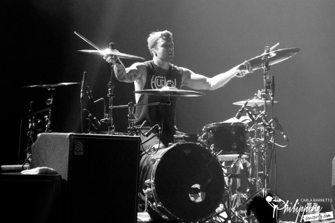 all-time-low-manila-2015-rian