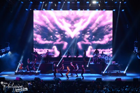 ariana-grande-live-at-moa-arena-2015