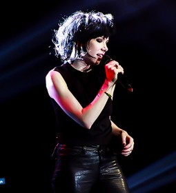 carly-rae-jepsen-live-in-manila (2)
