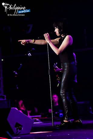 carly-rae-jepsen-live-in-manila (6)