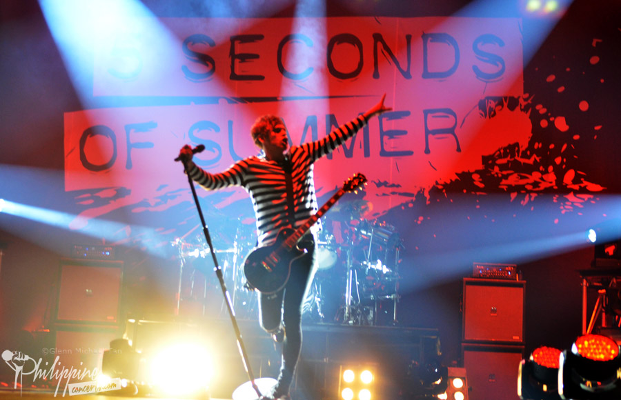 5-seconds-of-summer-live-in-manila