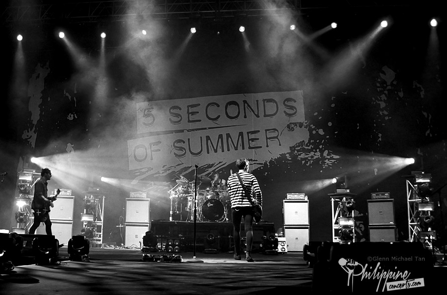 5sos-live-at-moa-arena-2016