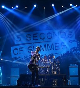 5SOS Live in Manila