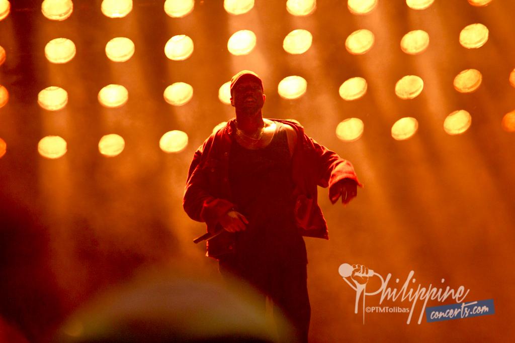Paradise2016-Kanye-West-12