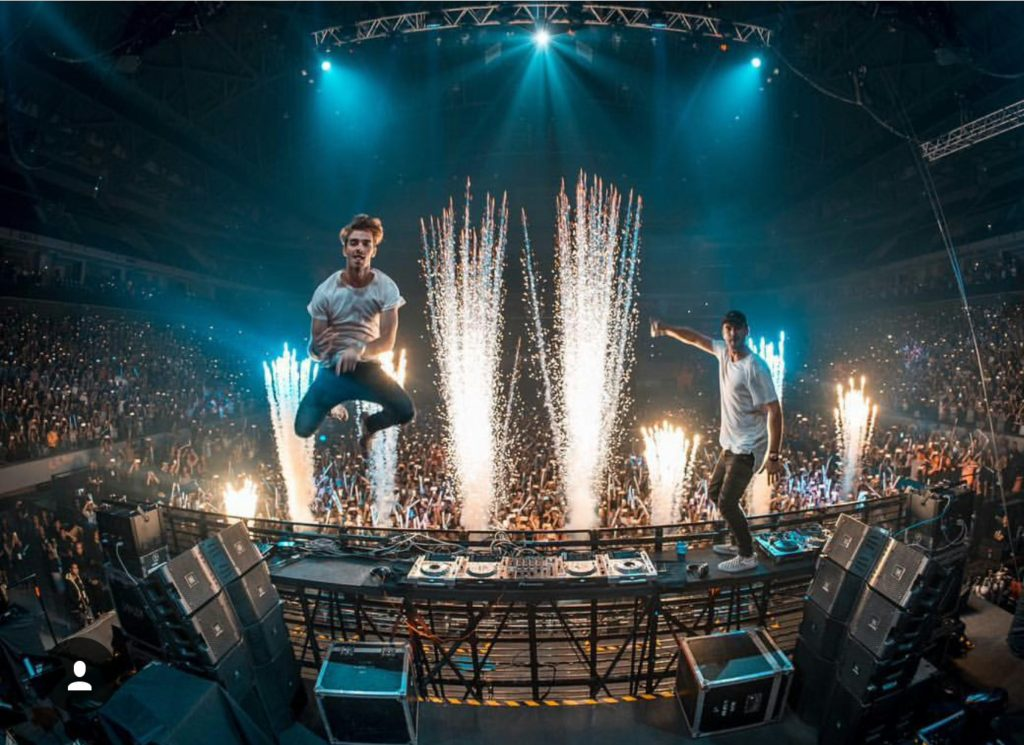 The Chainsmokers Ignite Manila With Electrifying Beats ...