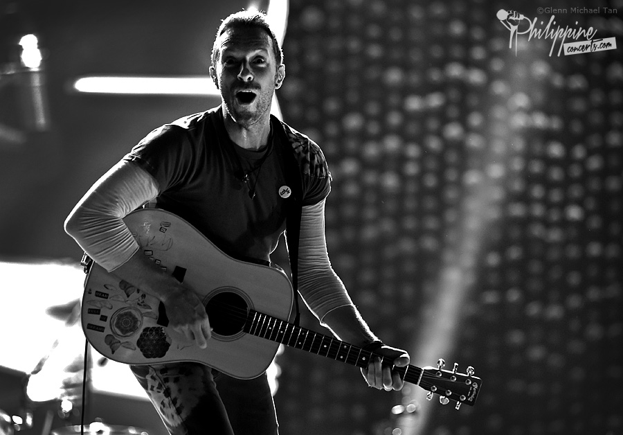 chris-martin-coldplay-manila